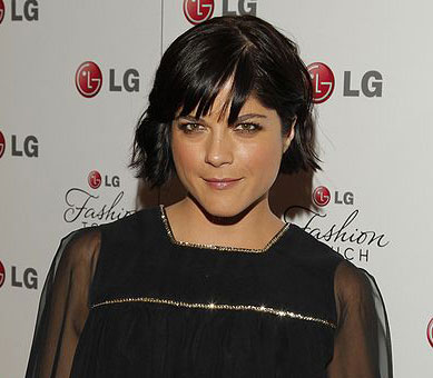 How Selma Blair copes with MS is not all that different from anyone else